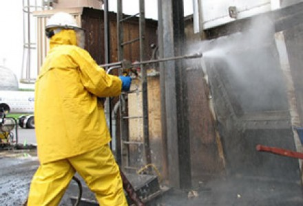 A&K wet injection blasting